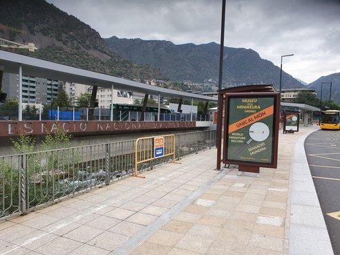 Pont De Tobira station
